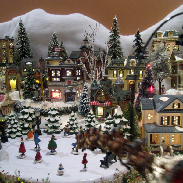 Twitch.tv + Raspberry Pi Powered Christmas Train Village